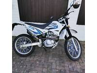 Sinnis Blade 125cc with Continental Tyres looking to swap.