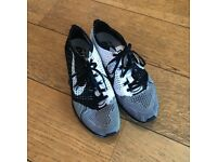 NIKE FLYNIT RACER UK7 EU41 QUITE NEW