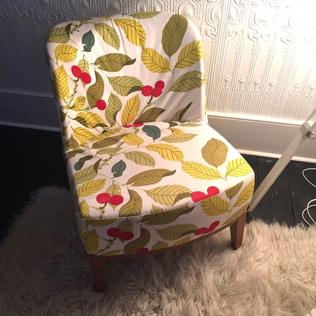 Ikea Stockholm Sessel : ikea stockholm easy chair armchair leaf pattern fabric and wooden legs great condition in ~ Watch28wear.com Haus und Dekorationen