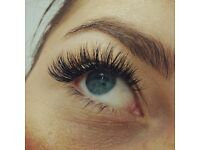 Professional Individual 2D 3D Eyelash Extensions In Beauty Salon Finsbury Park