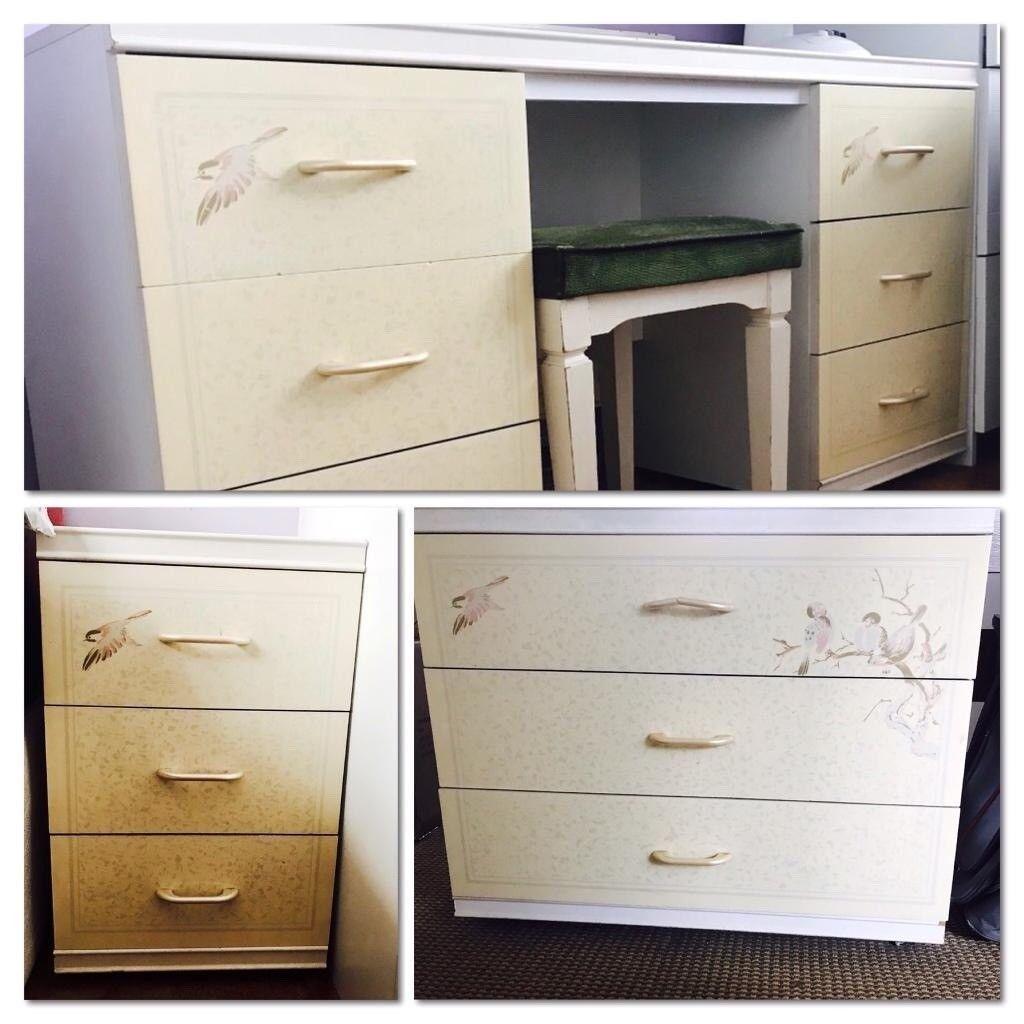 Creme finish 3 piece drawer/ dresser set/ bedside table