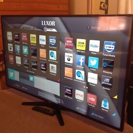 "LUXOR 43"" SUPER Smart FULL HD 1080p LED TV,built in Wifi,Freeview,GREAT Condition"