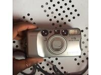 📷 Minolta Riva Zoom 115 Point and Shoot camera 35mm
