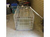 Metal dog/pet cage