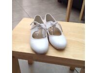 Starlight girls tap shoes