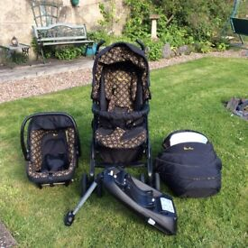 Silvercross 3D pram/carrycot/car seat with isofix