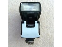 Nikon SB 50 DX Speedlight Flash SB50DX