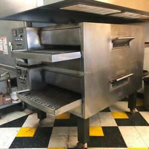 Blodgett double stack gas pizza converyor ovens - wow pricing