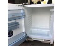 AEG fridge integral