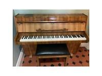 Sender upright piano