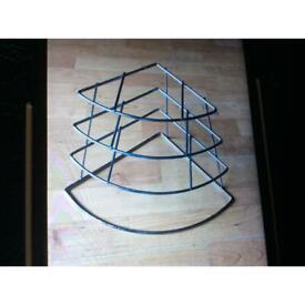 Corner plate rack