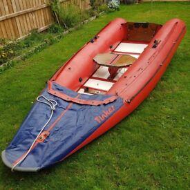 Inflatable sailing dinghy - Tinker Traveller