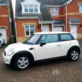 MINI 1.4 WHITE, MOT 12 MONTHS, FULL SERVICE HISTORY, TWO OWNER CAR