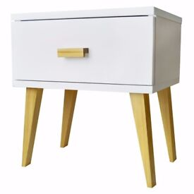 White Wooden Night Stand Scandinavian Style Design Pinewood Drawer Bedside Table