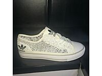 Brandnew Ladies Adidas
