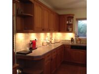 Solid oak kitchen with built in appliances