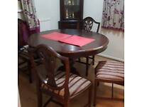 Dining table and 5 Chairs, two corner units