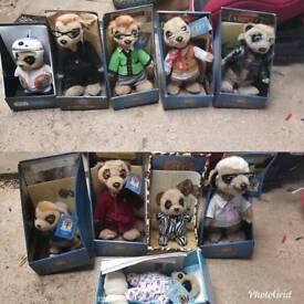 10 boxed compare the market meerkats.