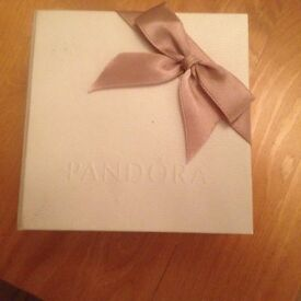 Pandora Bracelet with 6 charms great condition including box