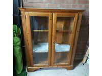 DUCAL Display Cabinet with glass shelves