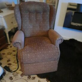 Sherbourne dual motor fully rise and recline chair lovely fabric ultimate comfort good condition
