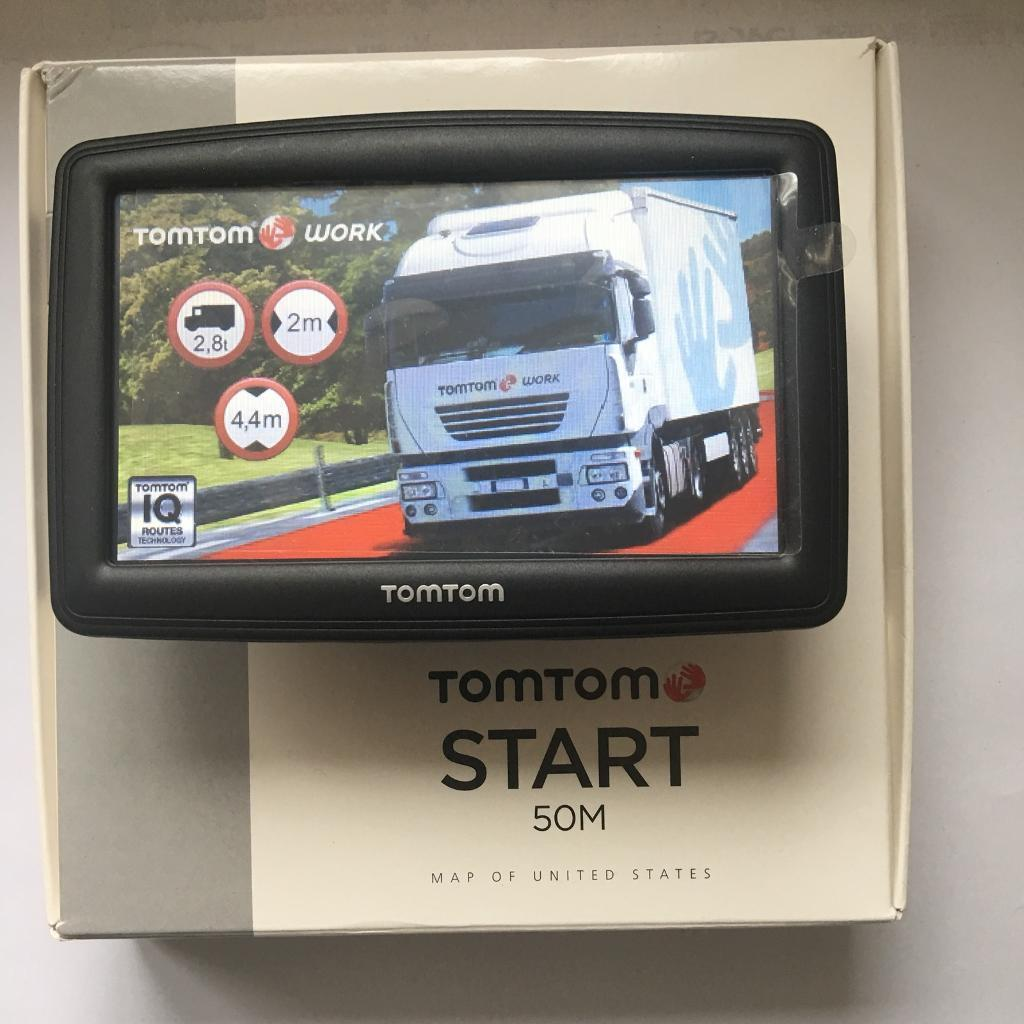 """Tom Tom XXL Truck With Large 5"""" Screen, New V996 Europe Truck Map, Like New, October 2017 !!!"""