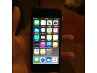 Black iPod touch 16gb 6th generation and iDeaUSA bluetooth (wireless) headphones