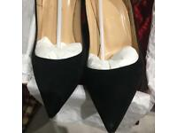 So Kate Christian Louboutin Size 39.5. With original box and dust bags