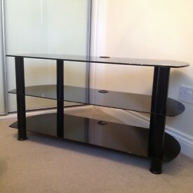 """REDUCED: £5 off now only £15 """"BRAND NEW"""" Black glass television stand"""