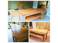 Large oak extending 8-10 seater dining table (10-12 max seated)