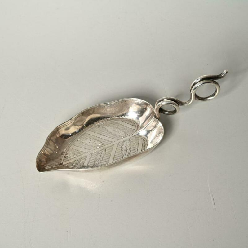 ANTIQUE JOSEPH WILLMORE ENGLAND STERLING SILVER LEAF FORM TEA CADDY SPOON