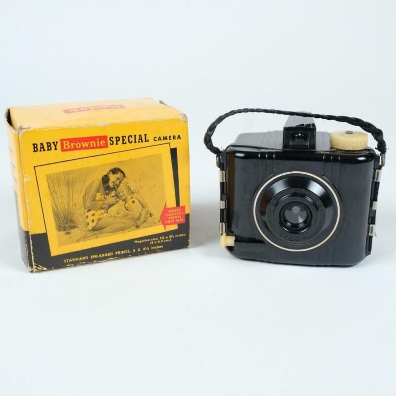 Vintage Kodak Baby Brownie Special Camera No. 69 with Box 127 Film Bakelite