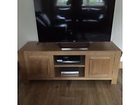 2x Solid Oak Livingroom Units - Excellent condition