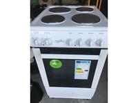 White freestanding cooker