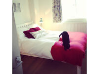 Really lovely light, warm and comfortable double bedroom in Bermondsey