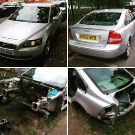 Breaking volvo s40 2.0D SE all parts available