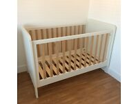 MAMAS AND PAPAS NURSERY FURNITURE - RIALTO THREE PIECE SET - BARGAIN!!!