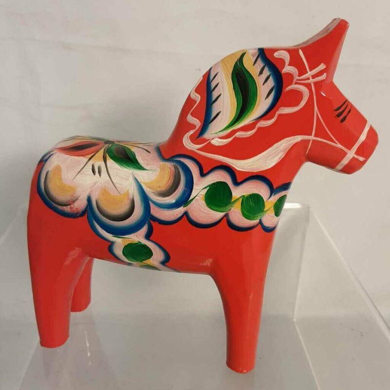 GRANMAS A. OLSSON SWEDISH DALA WOODEN HORSE (MEDIUM)