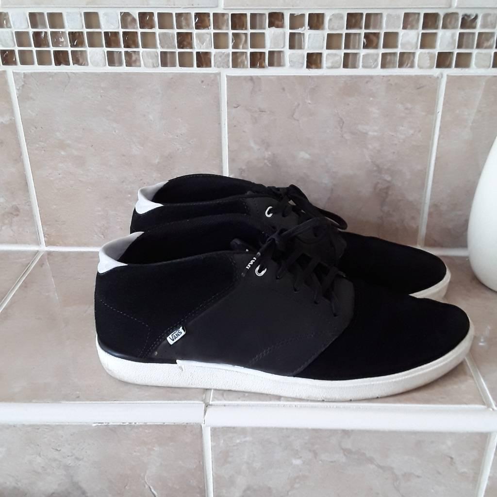 64da3dd07b Man s casual VANS shoes size 9