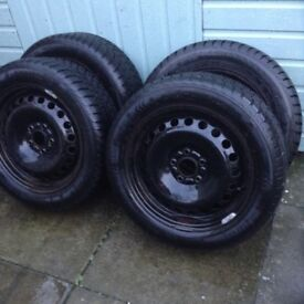 4 Winter tyres and rims
