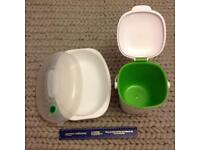 2 plastic containers