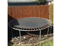 10 ft trampoline no safety net, good condition, free to good home