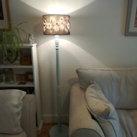 Beautiful Vintage Lamp stand and shade for sale