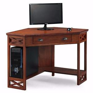 Leick Corner Computer and Writing Desk, Oak Finish NEW ** 5 CORNERS FURNITURE**