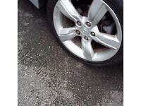 Hyundia veloster alloys and tyres