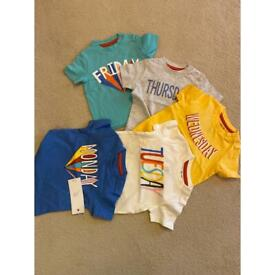 T-shirts NEW size 0-3 months