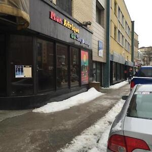 Beau Local 1617 pieds carré Rue racine avec vitrine Saguenay Saguenay-Lac-Saint-Jean image 3