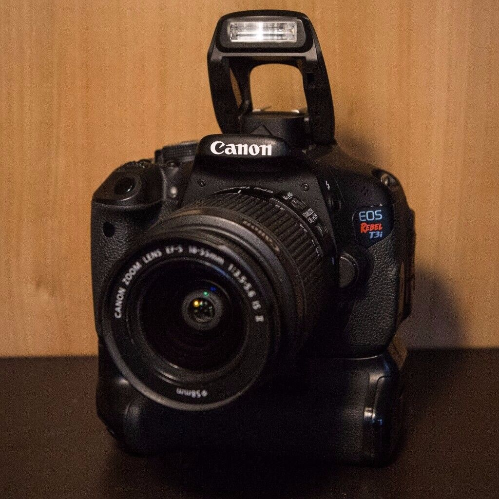 Canon 600D/ T3I w/ 18-55mm lens and Battery Grip
