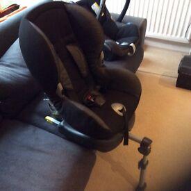 Maxi-cosi priori car seat.