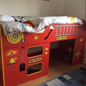 Lovely mid-sleeper single fire engine bed